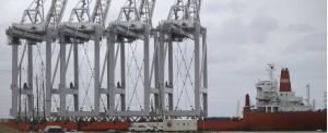 Port of Houston Commissions New Mega-Container Crane