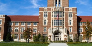 VOLS WELL THAT ENDS WELL University of Tennessee-Knoxville is part of the evolution of modern executive MBA and certification programs that offer manageable schedules to help students already active in corporate America.