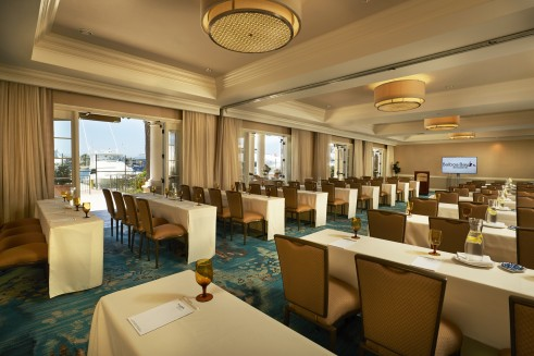 ROOM WITH A VIEW Commodore Room is a private meeting room right on the water with 2,025 square feet of venue space for up to 50 guests.