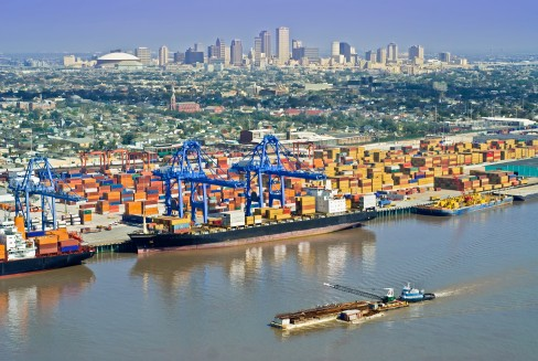 PORT OF NEW ORLEANS Talk about having connections—Port of New Orleans is served by six Class I railroads, 16 barge lines, 50 ocean carriers and 75 truck lines.