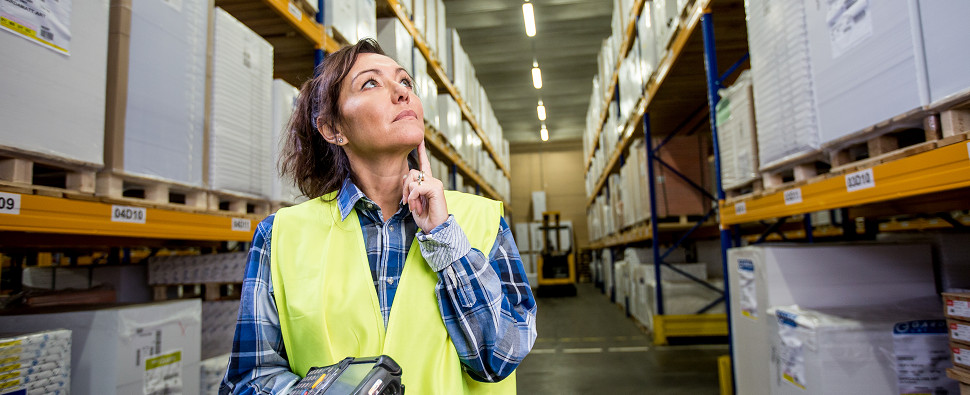 Warehousing strategies for shipments of export cargo and import cargo in international trade.